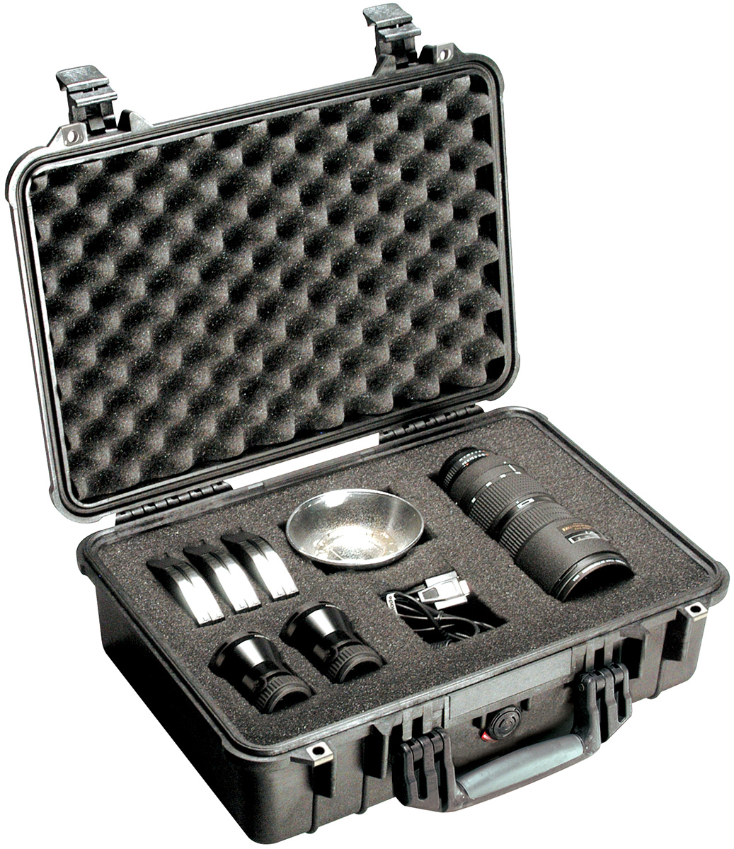 Pelican 1500 Case open